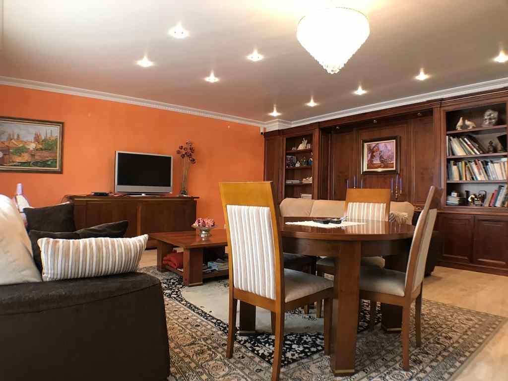 -eu-west-1.amazonaws.com/mobilia/Portals/inmoatrio/Images/4546/2232236