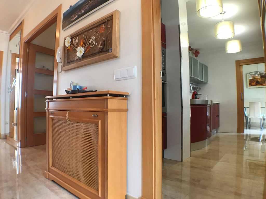 -eu-west-1.amazonaws.com/mobilia/Portals/inmoatrio/Images/4546/2232238