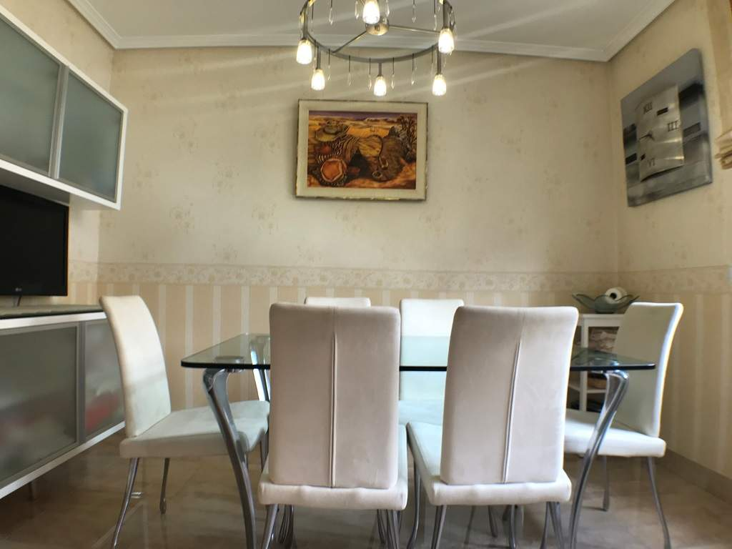 -eu-west-1.amazonaws.com/mobilia/Portals/inmoatrio/Images/4546/2232242
