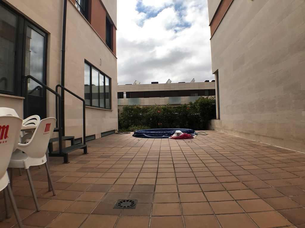 -eu-west-1.amazonaws.com/mobilia/Portals/inmoatrio/Images/4546/2232257