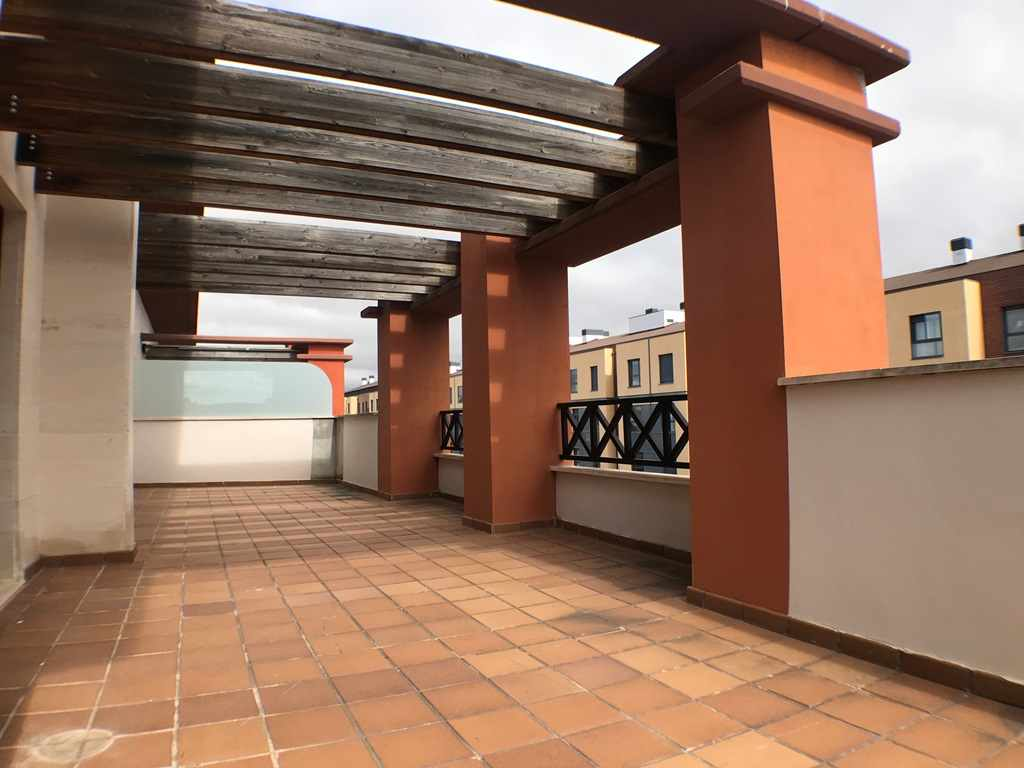 -eu-west-1.amazonaws.com/mobilia/Portals/inmoatrio/Images/4546/2232291