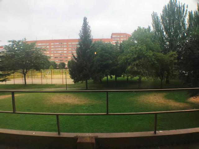 -eu-west-1.amazonaws.com/mobilia/Portals/inmoatrio/Images/4583/2233543