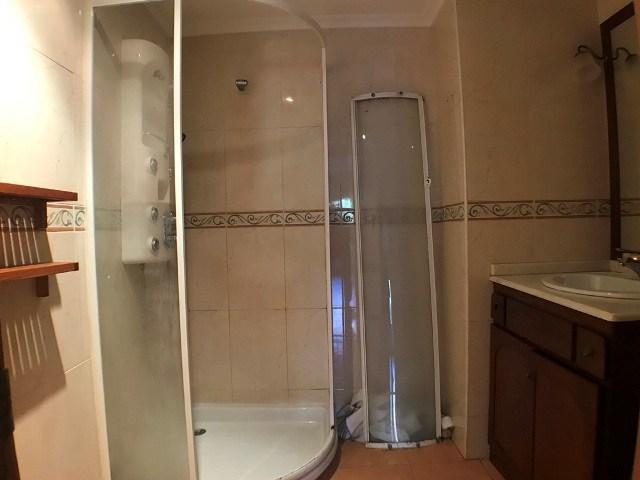 -eu-west-1.amazonaws.com/mobilia/Portals/inmoatrio/Images/4583/2233560