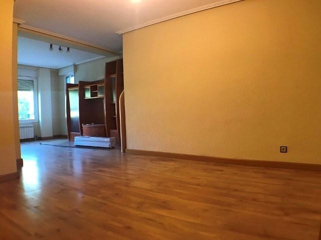 -eu-west-1.amazonaws.com/mobilia/Portals/inmoatrio/Images/4583/2233565