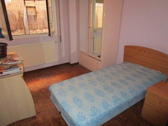 -eu-west-1.amazonaws.com/mobilia/Portals/inmoatrio/Images/4600/2233984