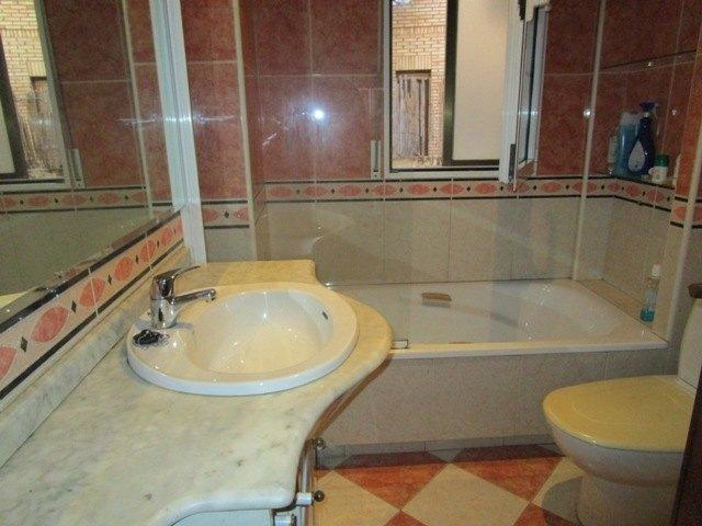-eu-west-1.amazonaws.com/mobilia/Portals/inmoatrio/Images/4600/2233987
