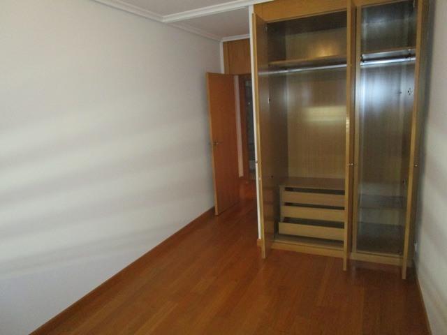 -eu-west-1.amazonaws.com/mobilia/Portals/inmoatrio/Images/4602/2234038