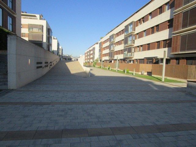 -eu-west-1.amazonaws.com/mobilia/Portals/inmoatrio/Images/4602/2234056