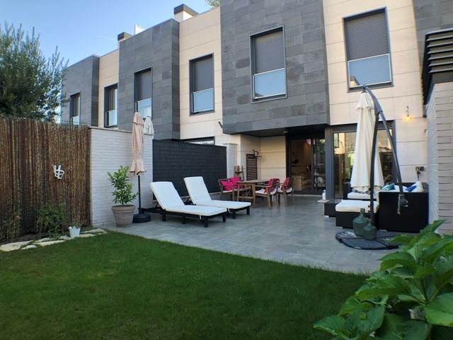 -eu-west-1.amazonaws.com/mobilia/Portals/inmoatrio/Images/4607/2234159