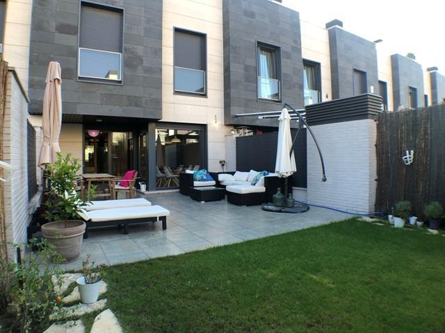 -eu-west-1.amazonaws.com/mobilia/Portals/inmoatrio/Images/4607/2234160