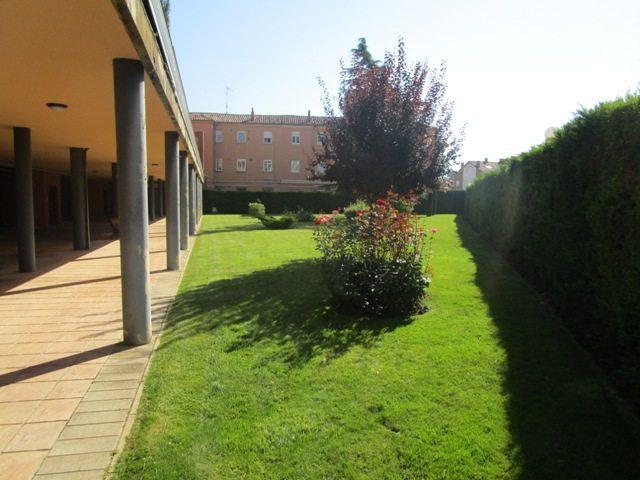 -eu-west-1.amazonaws.com/mobilia/Portals/inmoatrio/Images/4612/2234382