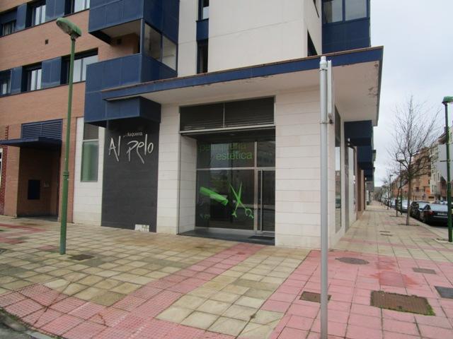 -eu-west-1.amazonaws.com/mobilia/Portals/inmoatrio/Images/4757/2237135