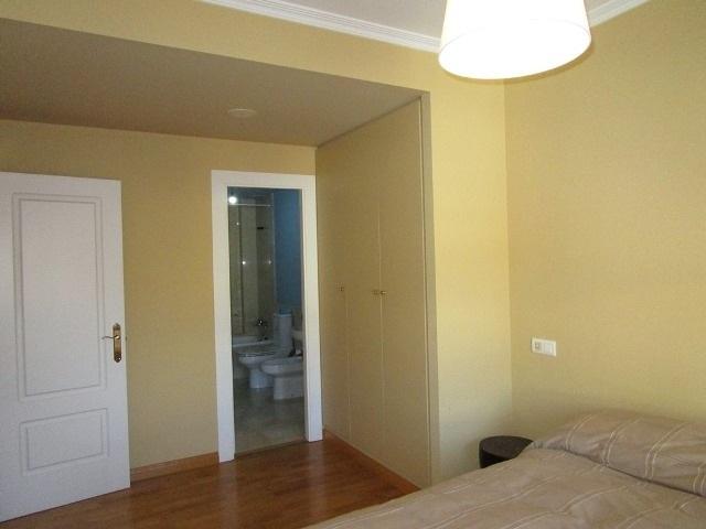 -eu-west-1.amazonaws.com/mobilia/Portals/inmoatrio/Images/4779/2571041