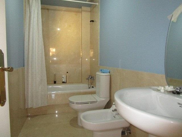 -eu-west-1.amazonaws.com/mobilia/Portals/inmoatrio/Images/4779/2571056
