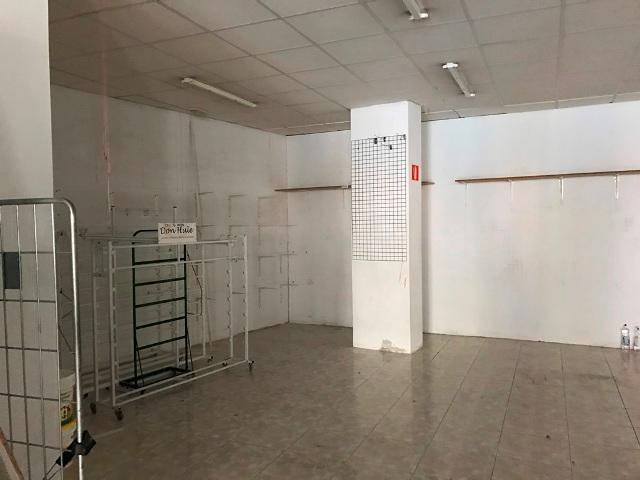 -eu-west-1.amazonaws.com/mobilia/Portals/inmoatrio/Images/4801/2238033
