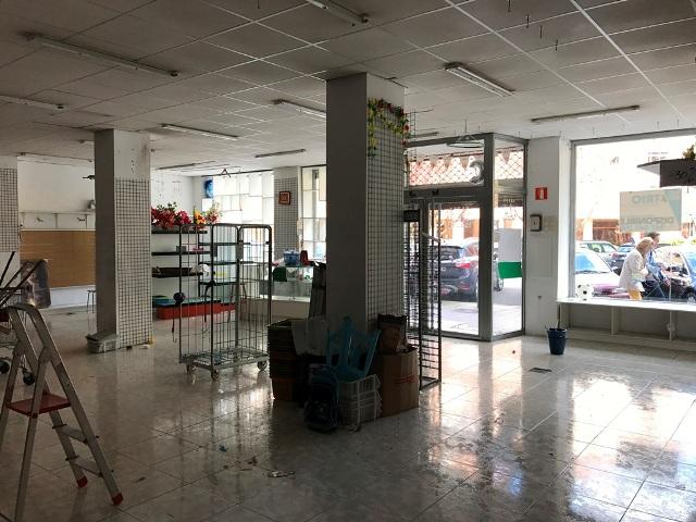 -eu-west-1.amazonaws.com/mobilia/Portals/inmoatrio/Images/4801/2238039
