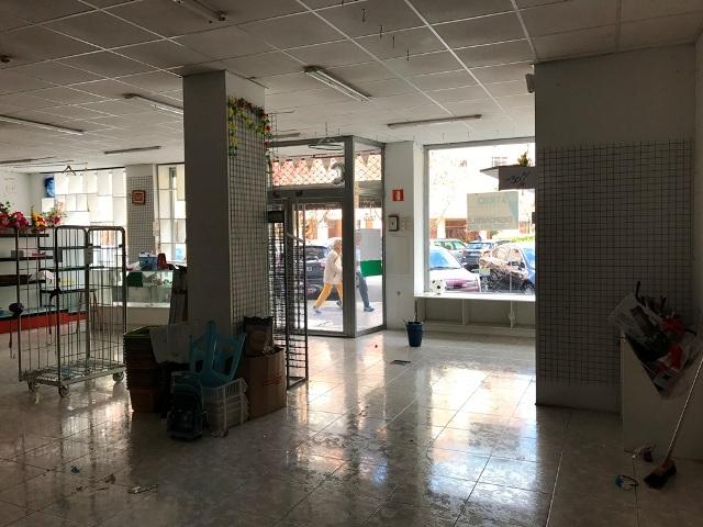 -eu-west-1.amazonaws.com/mobilia/Portals/inmoatrio/Images/4801/2238042