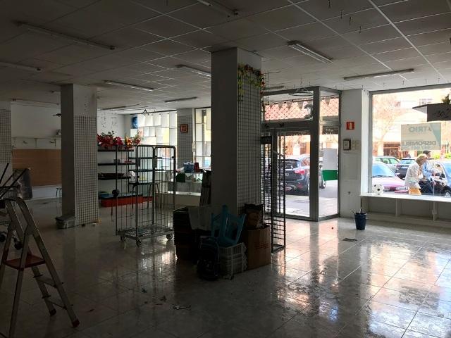 -eu-west-1.amazonaws.com/mobilia/Portals/inmoatrio/Images/4801/2238046