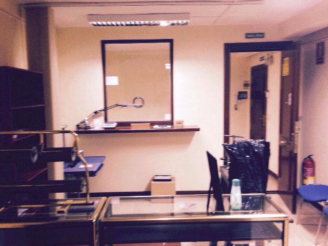 -eu-west-1.amazonaws.com/mobilia/Portals/inmoatrio/Images/4825/2238471