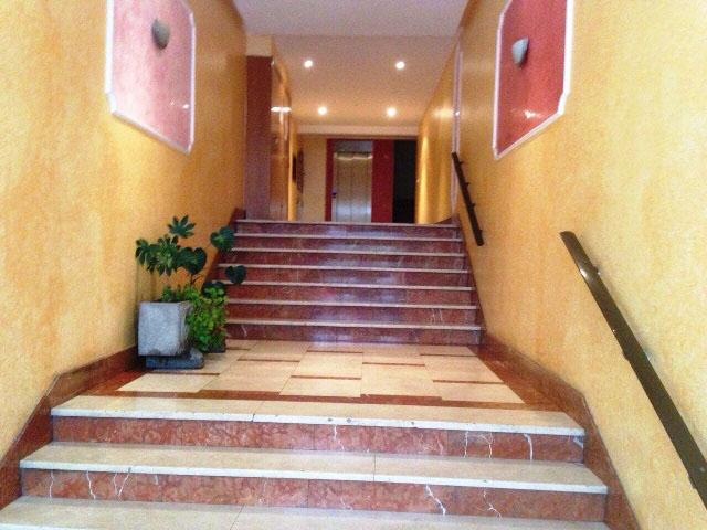 -eu-west-1.amazonaws.com/mobilia/Portals/inmoatrio/Images/4825/2238473
