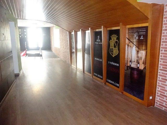 -eu-west-1.amazonaws.com/mobilia/Portals/inmoatrio/Images/4927/2240206