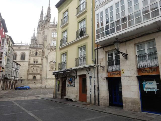 -eu-west-1.amazonaws.com/mobilia/Portals/inmoatrio/Images/4927/2240218