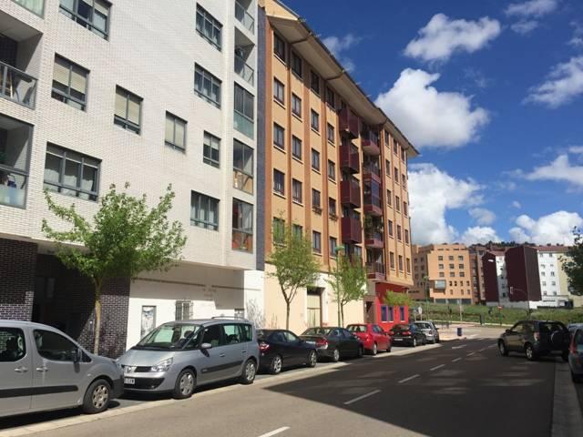 -eu-west-1.amazonaws.com/mobilia/Portals/inmoatrio/Images/4977/2241118
