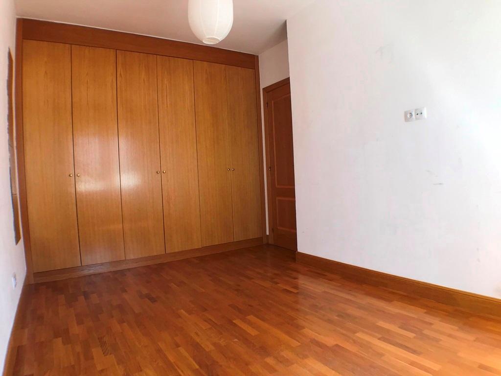 -eu-west-1.amazonaws.com/mobilia/Portals/inmoatrio/Images/5028/2978033