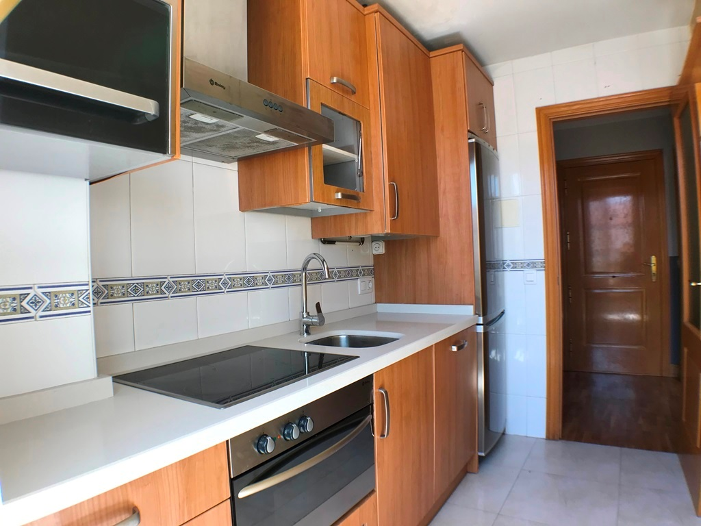 -eu-west-1.amazonaws.com/mobilia/Portals/inmoatrio/Images/5028/2978060
