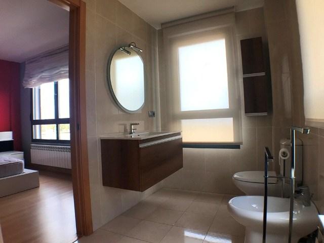 -eu-west-1.amazonaws.com/mobilia/Portals/inmoatrio/Images/5047/2242655