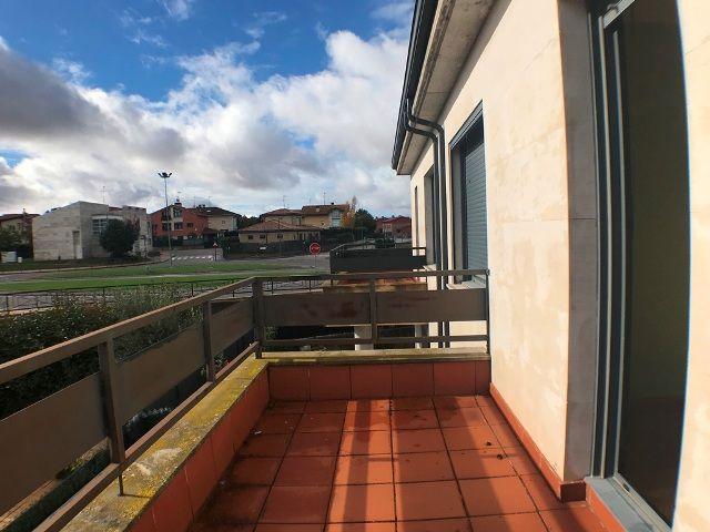 -eu-west-1.amazonaws.com/mobilia/Portals/inmoatrio/Images/5047/2242663