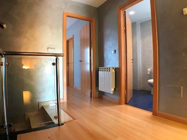 -eu-west-1.amazonaws.com/mobilia/Portals/inmoatrio/Images/5047/2242667