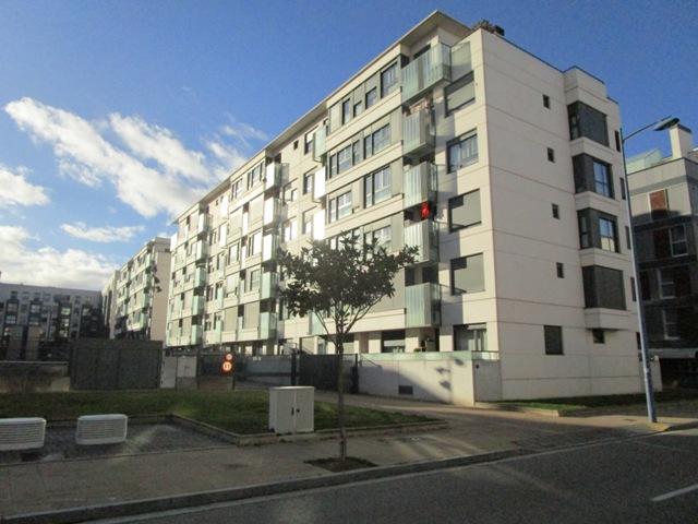 -eu-west-1.amazonaws.com/mobilia/Portals/inmoatrio/Images/5049/2242722