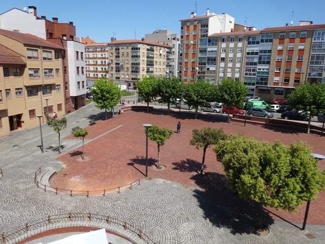 -eu-west-1.amazonaws.com/mobilia/Portals/inmoatrio/Images/5099/2243863