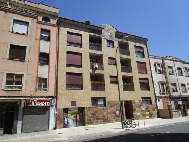 -eu-west-1.amazonaws.com/mobilia/Portals/inmoatrio/Images/5161/2245199
