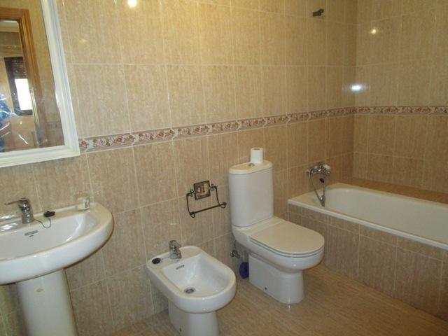 -eu-west-1.amazonaws.com/mobilia/Portals/inmoatrio/Images/5161/2245213