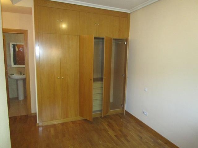 -eu-west-1.amazonaws.com/mobilia/Portals/inmoatrio/Images/5161/2245216