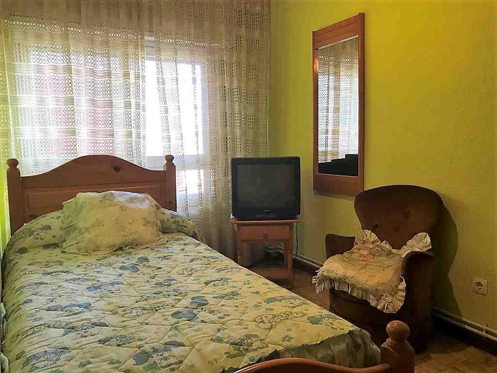 -eu-west-1.amazonaws.com/mobilia/Portals/inmoatrio/Images/5200/2246047