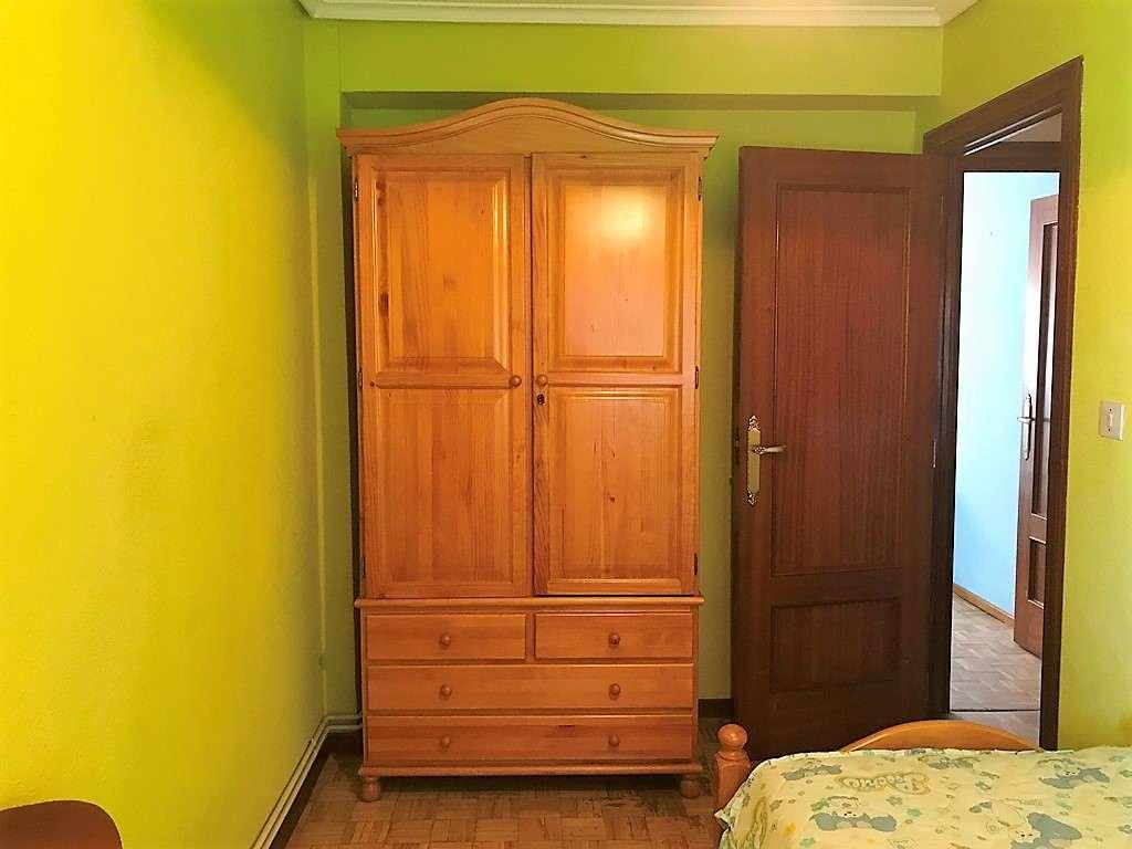 -eu-west-1.amazonaws.com/mobilia/Portals/inmoatrio/Images/5200/2246055