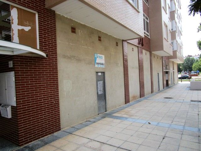 -eu-west-1.amazonaws.com/mobilia/Portals/inmoatrio/Images/5213/2246354