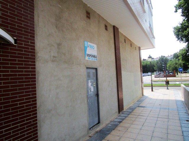 -eu-west-1.amazonaws.com/mobilia/Portals/inmoatrio/Images/5213/2246356