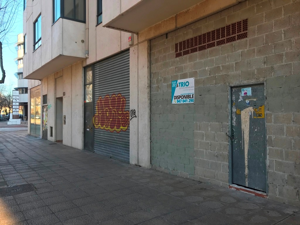 -eu-west-1.amazonaws.com/mobilia/Portals/inmoatrio/Images/5276/2327429