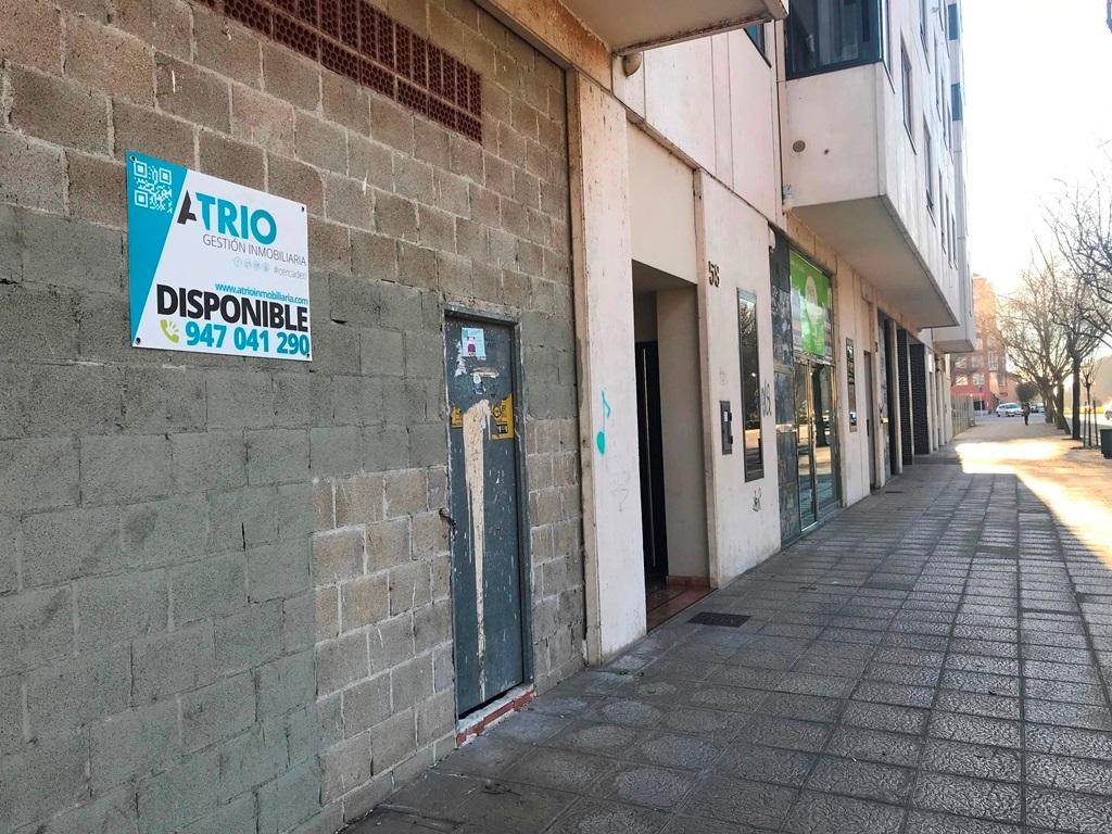 -eu-west-1.amazonaws.com/mobilia/Portals/inmoatrio/Images/5276/2327437