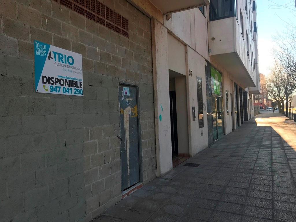 -eu-west-1.amazonaws.com/mobilia/Portals/inmoatrio/Images/5276/2327438