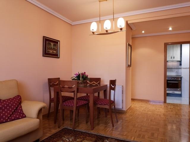 -eu-west-1.amazonaws.com/mobilia/Portals/inmoatrio/Images/5289/2842471