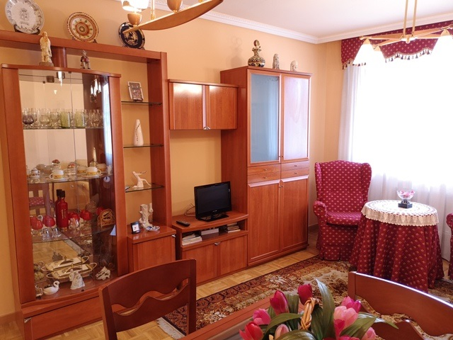 -eu-west-1.amazonaws.com/mobilia/Portals/inmoatrio/Images/5289/2842475