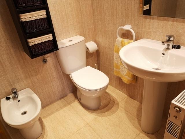 -eu-west-1.amazonaws.com/mobilia/Portals/inmoatrio/Images/5289/2842496