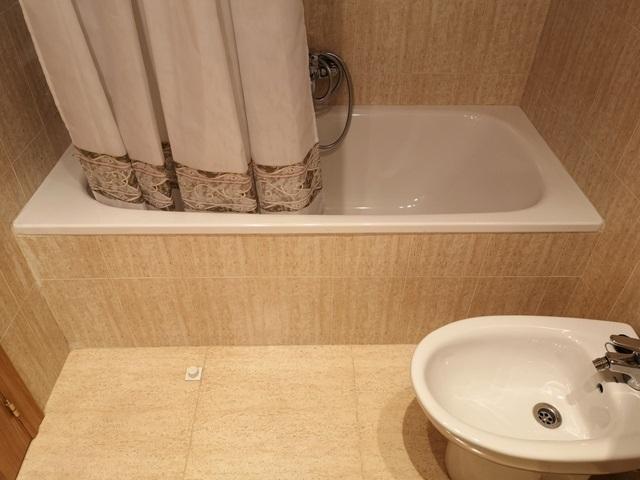 -eu-west-1.amazonaws.com/mobilia/Portals/inmoatrio/Images/5289/2842497
