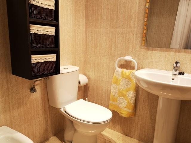 -eu-west-1.amazonaws.com/mobilia/Portals/inmoatrio/Images/5289/2842498