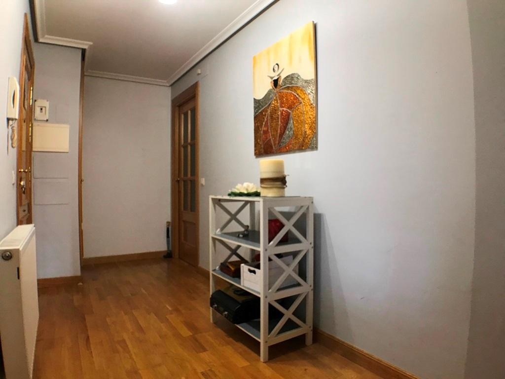 -eu-west-1.amazonaws.com/mobilia/Portals/inmoatrio/Images/5297/2331084